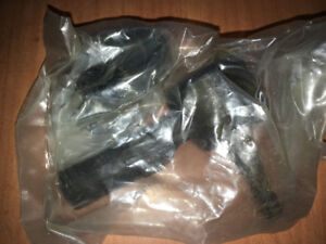 CHASSIS 1 ES2153R TIE ROD END