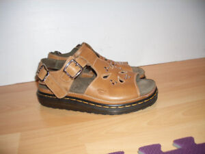 -------- Dr. Martens ------- sandals ----- for size 9 US lady