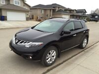 2011 Nissan Murano SL - Loaded - Excellent Condition