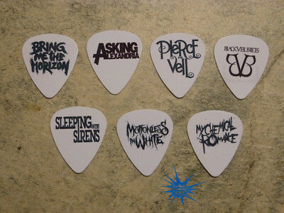 Emo band  SINGLE SIDED PICTURE GUITAR PICKS  Set of 7 ()