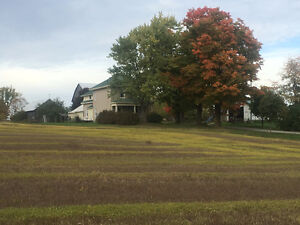 country house with 105 acres.  Lakefield-Peterborough Area