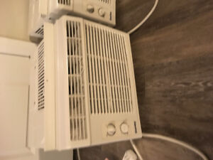 A/C unit 5000 btu window