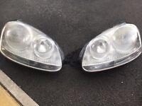 Vw golf mk5 headlight pair no cracks