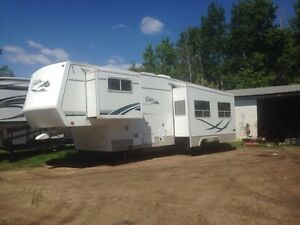 2002 citation by Thor. 32.5  high end camper. Yorkton sk