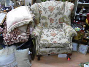 Chairs, Rockers, Cushions, Wood with Comfort & Class