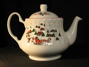 Kopin Christmas Tea Pot