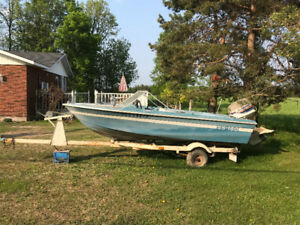 For Sale 1972 Grew boat 14.5 foot with 1977 Evinrude 70 HP