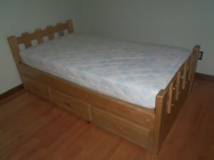 PINE TWIN BED WITH MATTRESS & SLIDDING DRAWERS ATTACHED.