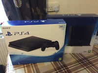 SONY PLAYSTATION 4 CONSOLE - BRAND NEW & SEALED PS4 - STANDARD / SUPER SLIM