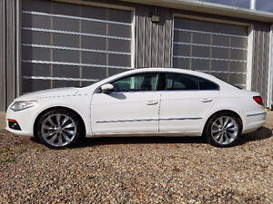 2010 Volkswagen Other Highline Sedan AWD