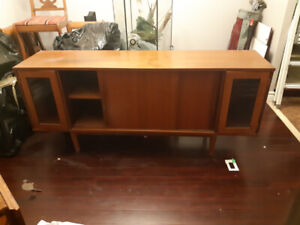 selling family hutch