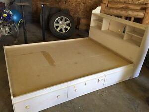 **pending pick up** Double Bed Frame