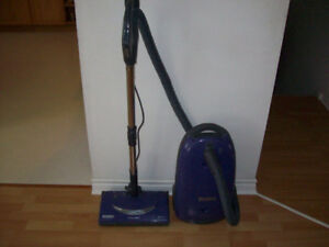 KENMORE  VACUUM  WITH  POWERHEAD  AND HEPA  FILTER