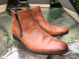 Leather men boots Clarks size 9