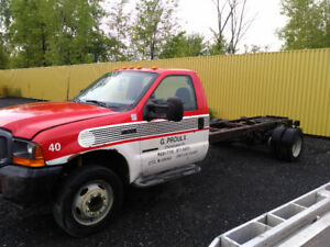 camion ford f550 2001 6roues