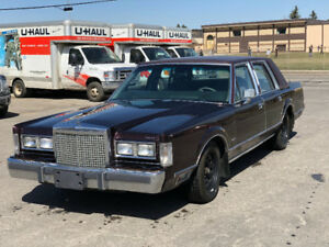 1987 Lincoln Town Car AMAZING Condition!!!