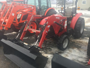 2015 Case IH 30C tractor