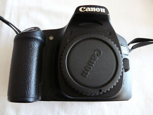 CANON EOS 30D body with accessories