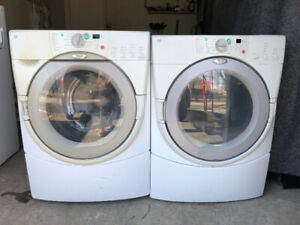 Whirlpool duet frontnload Wahser electric dryer stackable combo
