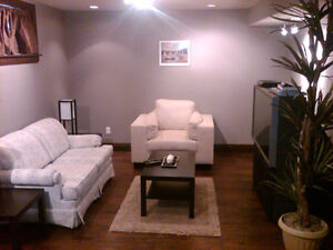 Fully furnished/expertly designed/IR compliant/Avail May 1