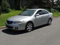 2004 Acura TSX full  cuir  toit  mags  tres  tres  propre