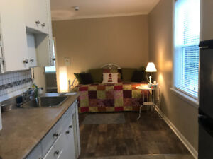 1 BED apartment Downtown Kincardine * Great Layout  * Bright