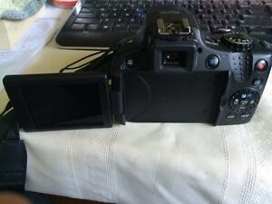Canon SX50 HS with protective travelling case London Ontario image 2