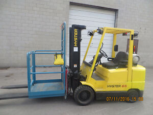 LIKE NEW HYSTER 6500 LB CAP FORKLIFT - EXCELLENT WORKING UNIT