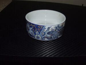 Vintage Royal Peacock Porcelain Bowl - $35.00 Belleville Belleville Area image 4