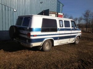 1990 Chevrolet C20  handi cap Van with Wheel chair lift