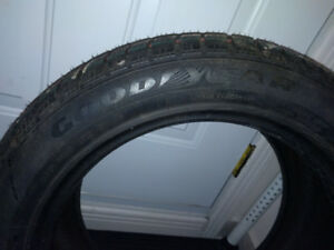 Brand new/nouveau - Good Year - Ultra Grip - 225/50R17