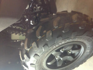 Duro atv tires like new 25x10r12 25x8r12