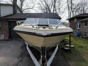Glastron 19.5 ft 190HP Boat & Trailer - Price Reduced