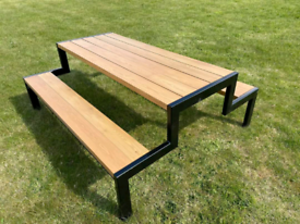Deluxe large steel & timber picnic table powder coated