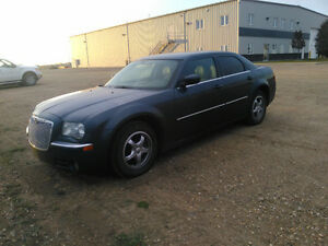 2007 Chrysler 300-Series Sedan low km great shape
