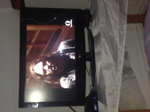 LG TV Flat Screen 1080 p