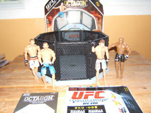 UFC ULTIMATE FIGHTING OCTAGON RING  JAKKS  WITH  FIGHTERS