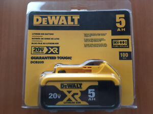 DEWALT DCB205 20V MAX PREMIUM XR 5.0AH LITHIUM ION BATTERY PACK