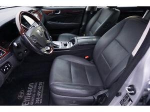2015 Hyundai Equus MINT CONDITION