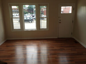 Downtown Duplex for Rent $1000 All Inclusive