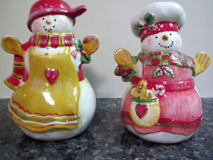Pair of Christmas Snowman Salt and Pepper Shakers
