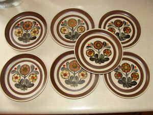 DENBY LANGLEY MAYFLOWER STONEWARE (ENGLAND) DISHES London Ontario image 5