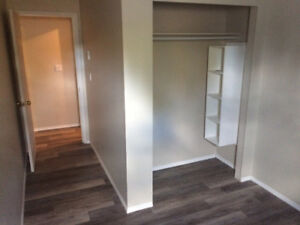 Apartment for Rent in 103 Mile House