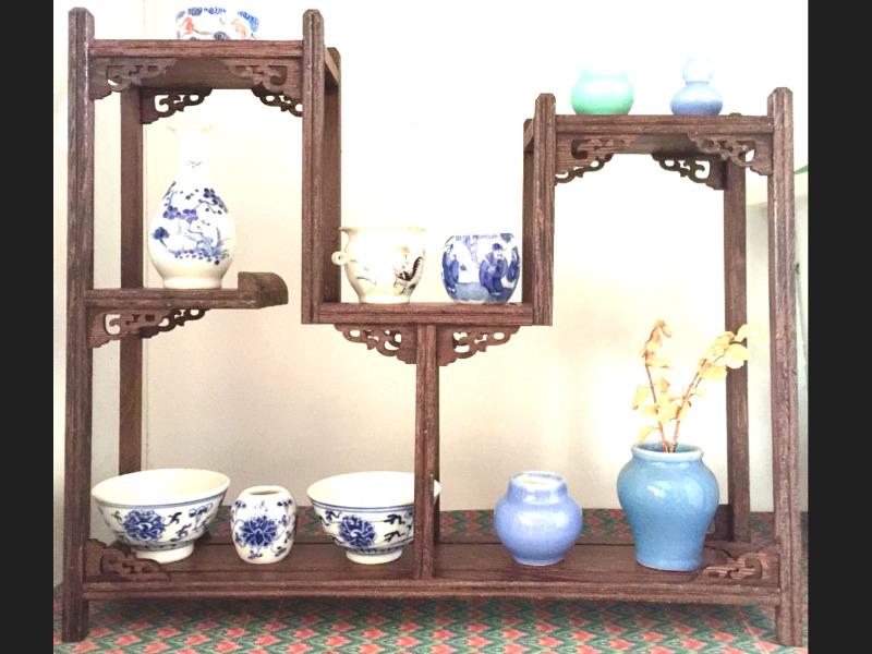 Beautiful Carving Display Stand