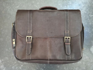 Brand new Samsonite brown leather flapover case