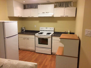 1 Bed Port Union / Lawrence Ave East
