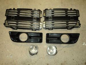 2007 Dodge Magnum L/R grille, fog lights & fog light surrounds