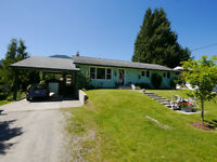 4 bed 2 bath home in Salmo - 197867