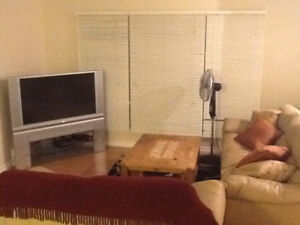 Furnished room for rent in Thickwood - available Feb 1/18
