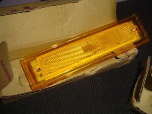 1981 to 1987 MARKER LIGHT LENS  (1 Pair) New in Box !!